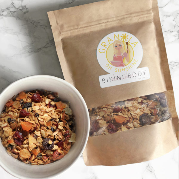 Bikinibody sunshine granola, with apricots, goji berries and chocolate, low in calories, healthy snack in between meals